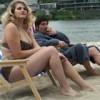 Luxusní video: Kraus na pláži, s blondýnou barokních křivek